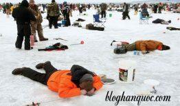 Lễ hội câu cá trên băng