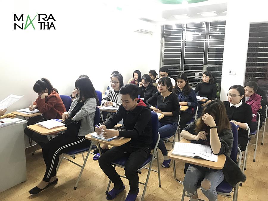 Lớp tiếng Hàn ca tối - Hàn ngữ MARANATHA