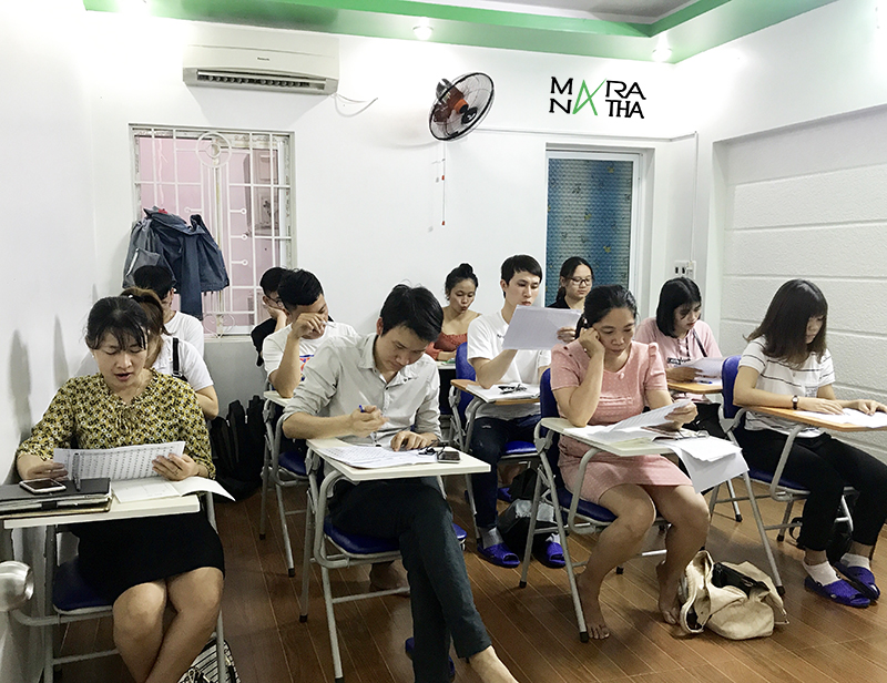 Hình ảnh lớp tiếng Hàn ca chiều